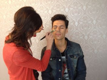 Make-Up artist Mary Lodise