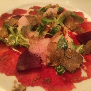 Beef carpaccio with truffel dressing