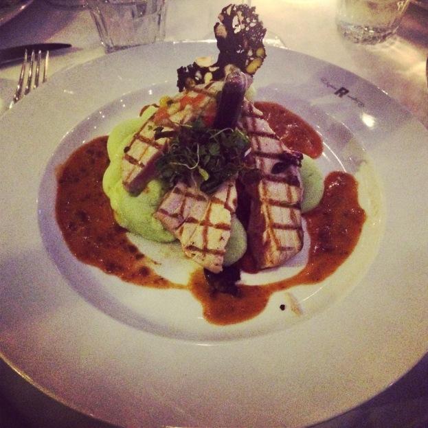 Tuna Steak on Wok vegetables